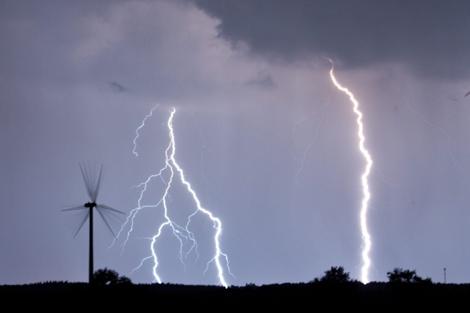 La eólica solo instala un aerogenerador en el semestre y se queda sin pedidos para el mercado nacional